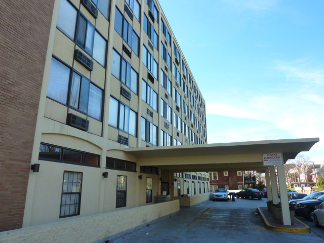 Apartments Near UTK University Tower Condos for University of Tennessee: Knoxville Students in Knoxville, TN