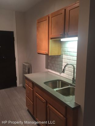 2 Bedrooms 1 Bathroom Apartment for rent at 5233 37 S. Greenwood (1100 1110 E. 53rd St) in Chicago, IL