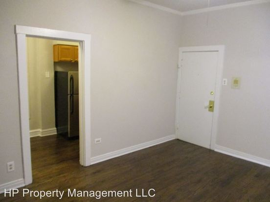 Studio 1 Bathroom Apartment for rent at 5514 S. Blackstone Ave. in Chicago, IL