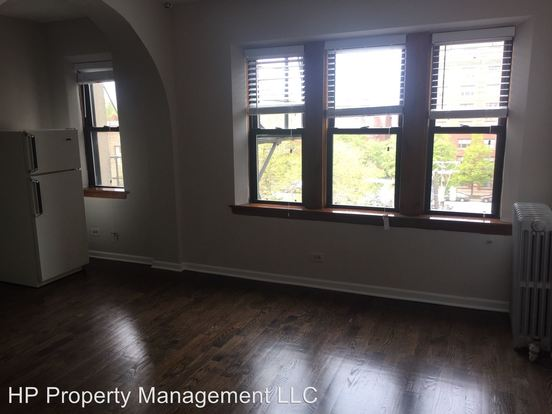 Studio 1 Bathroom Apartment for rent at 5118 S. Dorchester Ave. in Chicago, IL