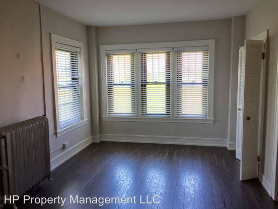 1 Bedroom 1 Bathroom Apartment for rent at 5220 S Kenwood Ave. in Chicago, IL