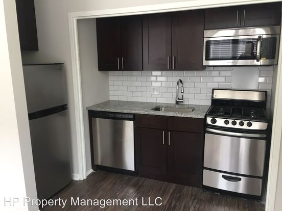 1 Bedroom 1 Bathroom Apartment for rent at 1215 E. Hyde Park Blvd in Chicago, IL