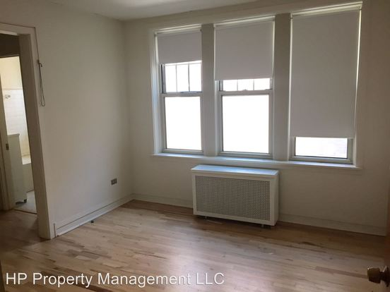3 Bedrooms 2 Bathrooms Apartment for rent at 1318 24 E. Hyde Park Blvd&1319 25 E. Madison Pk in Chicago, IL