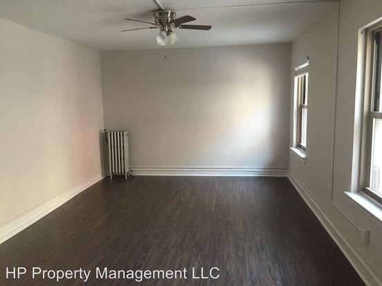 2 Bedrooms 1 Bathroom Apartment for rent at 5125 S. Kenwood Ave. in Chicago, IL
