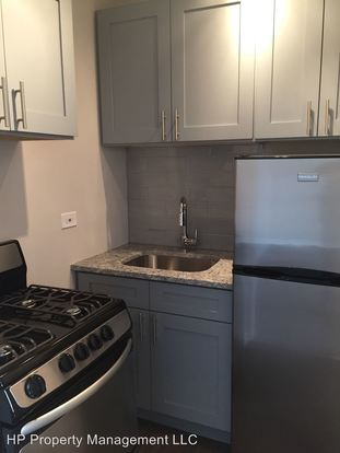 Studio 1 Bathroom Apartment for rent at 5455 S. Blackstone Ave. in Chicago, IL