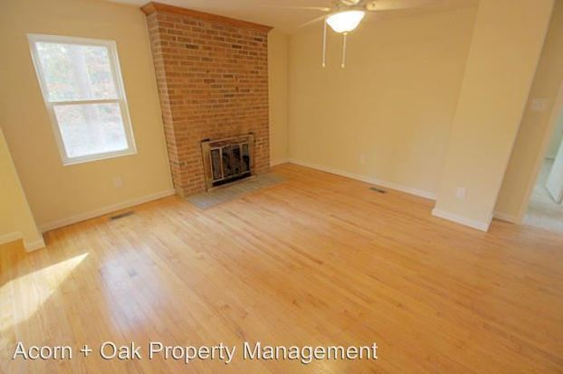 5 Bedrooms 3 Bathrooms Apartment for rent at 445 Mc Cauley Street 100 200 in Chapel Hill, NC