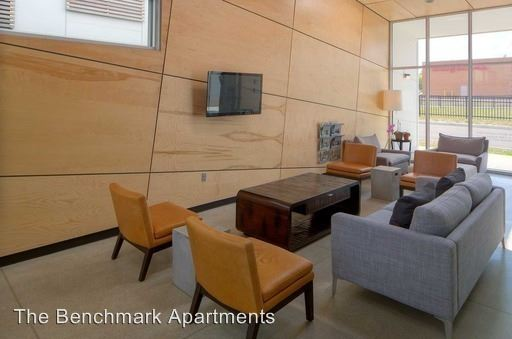 3 Bedrooms 2 Bathrooms Apartment for rent at 1240 Benchmark Park Drive in Columbus, OH