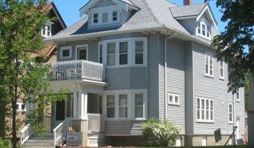 Similar Apartment at 3244-46 N. Oakland Ave