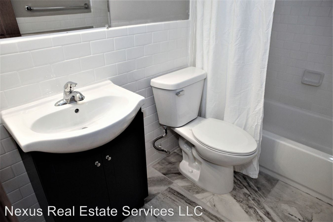 2 Bedrooms 1 Bathroom Apartment for rent at 2611 Pleasant Avenue South in Mpls, MN