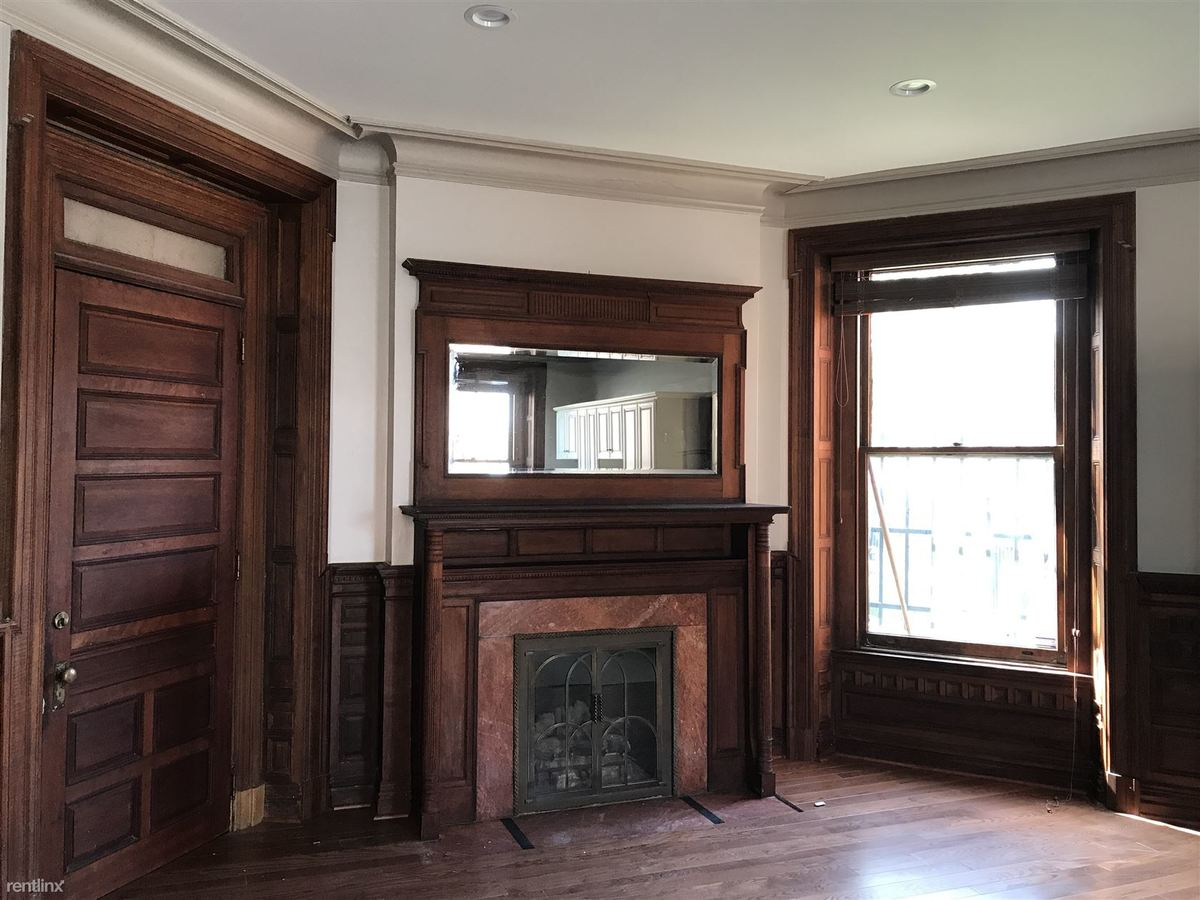 2 Bedrooms 1 Bathroom Apartment for rent at Thaw Mansion in Pittsburgh, PA