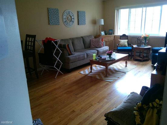 1 Bedroom 1 Bathroom Apartment for rent at 1733 N Cambridge Ave in Milwaukee, WI