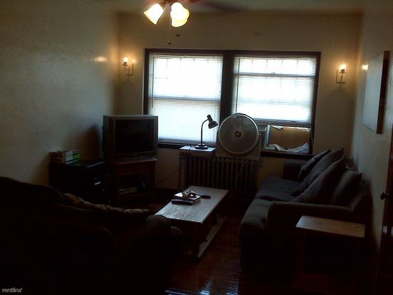 1 Bedroom 1 Bathroom Apartment for rent at 2305 N 57th St in Milwaukee, WI