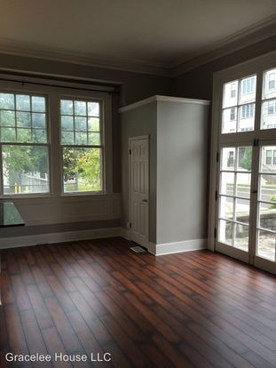 1 Bedroom 1 Bathroom Apartment for rent at 200 23rd Ave N in Nashville, TN