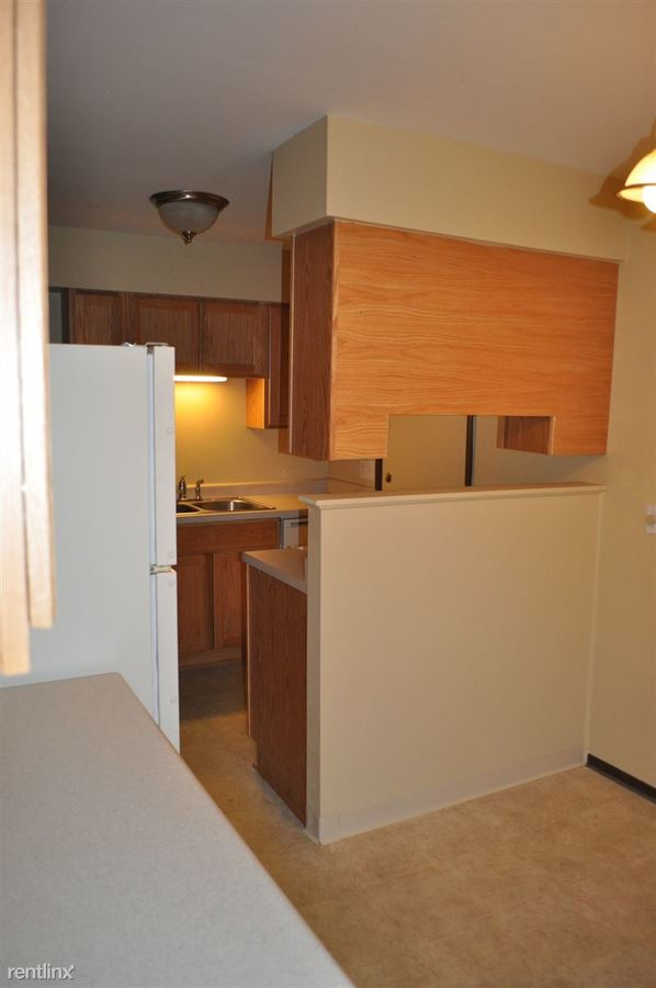 2 Bedrooms 1 Bathroom Apartment for rent at Timbercreek Townhouses Llc in Portage, MI