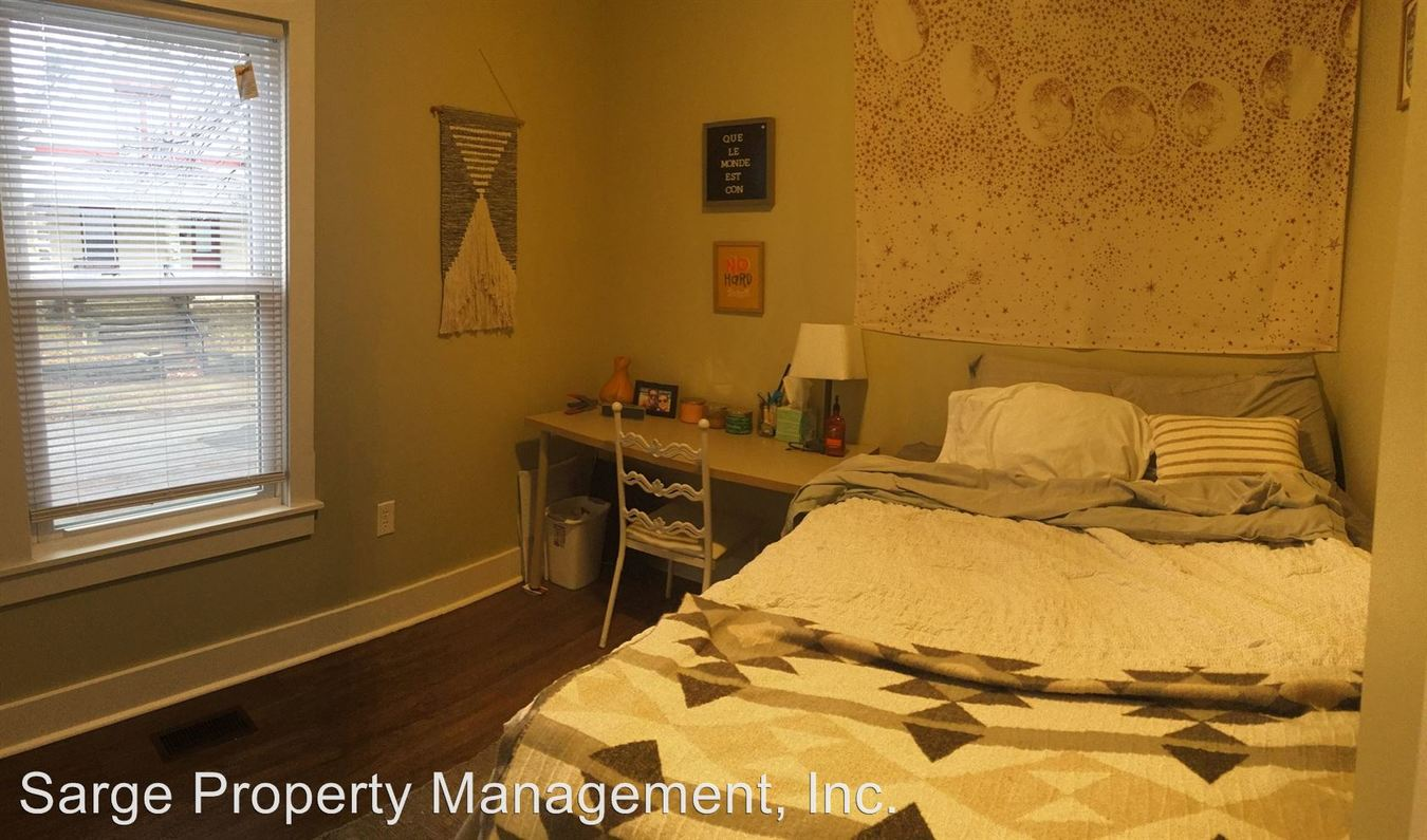 2 Bedrooms 1 Bathroom Apartment for rent at 624 S Fess Ave in Bloomington, IN