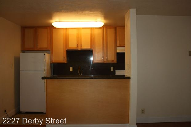 2 Bedrooms 1 Bathroom Apartment for rent at 2227 Derby St. in Berkeley, CA