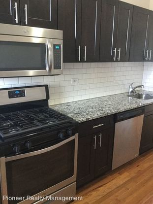 3 Bedrooms 1 Bathroom Apartment for rent at 1414 24 W. Devon Ave./ 6407 09 N. Newgard Ave. in Chicago, IL