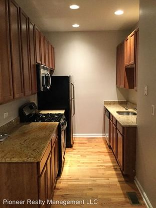 2 Bedrooms 1 Bathroom Apartment for rent at 4718 24 N Bernard St in Chicago, IL