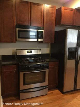 2 Bedrooms 2 Bathrooms Apartment for rent at 6500 08 N Claremont Ave. in Chicago, IL
