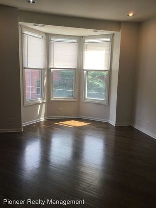 2 Bedrooms 1 Bathroom Apartment for rent at 1501 3 N California/2746 52 W Le Moyne in Chicago, IL