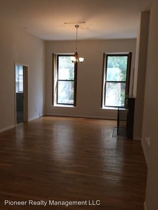 3 Bedrooms 1 Bathroom Apartment for rent at 2106 N Bissell St in Chicago, IL