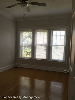 2 Bedrooms 1 Bathroom Apartment for rent at 2243 51 W. Eastwood Ave in Chicago, IL