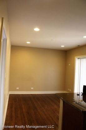 2 Bedrooms 1 Bathroom Apartment for rent at 4226 30 N Whipple St in Chicago, IL