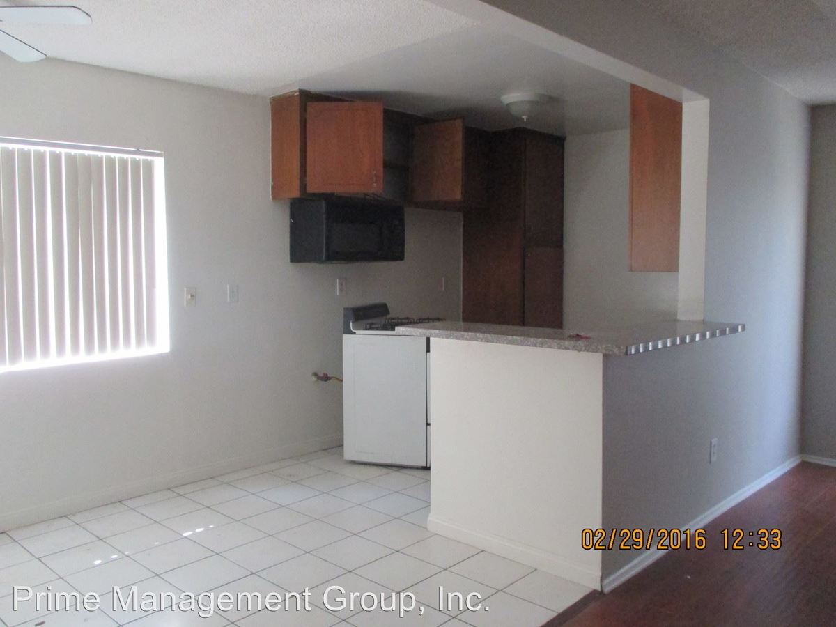 2 Bedrooms 1 Bathroom Apartment for rent at 139-145 E. Spring Street in Long Beach, CA