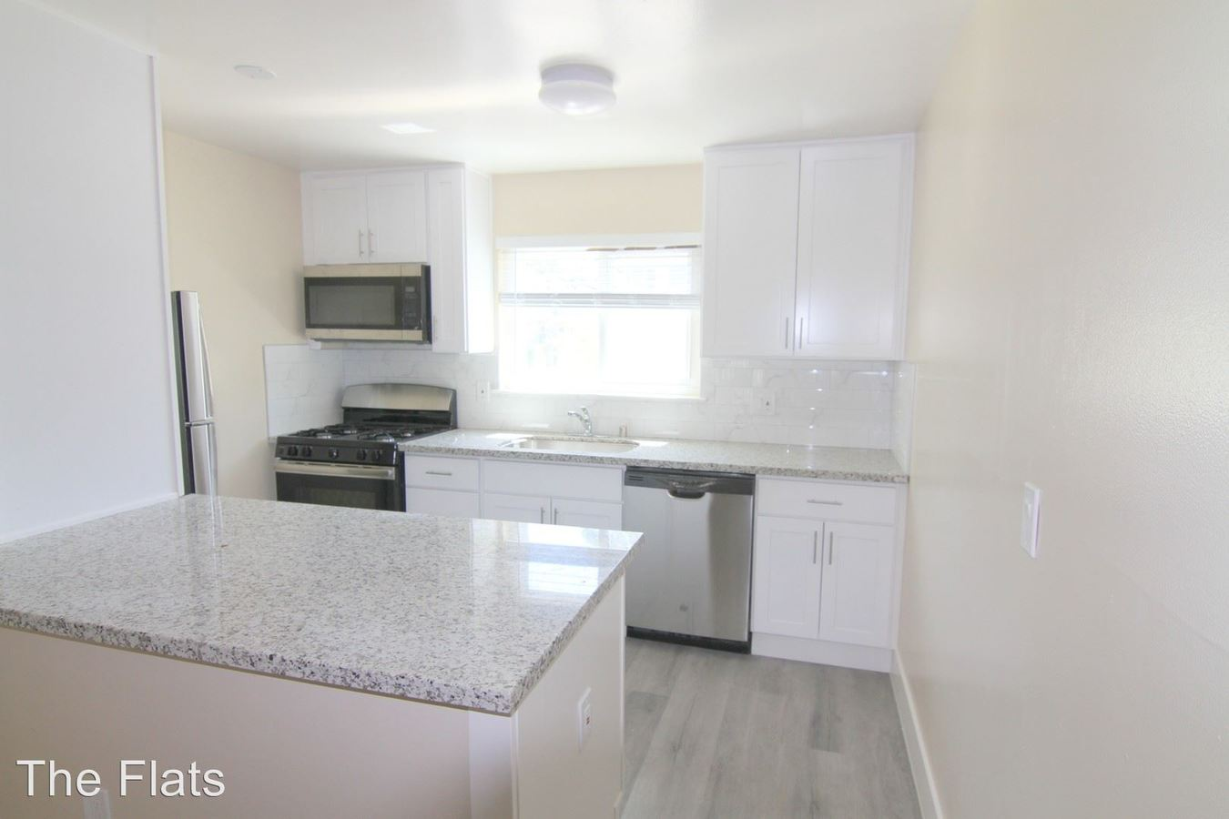 Studio 1 Bathroom Apartment for rent at 2280 Latham Street in Mountain View, CA