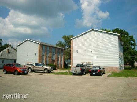 1114 4th St Apt 1 Charleston Il Apartment For Rent