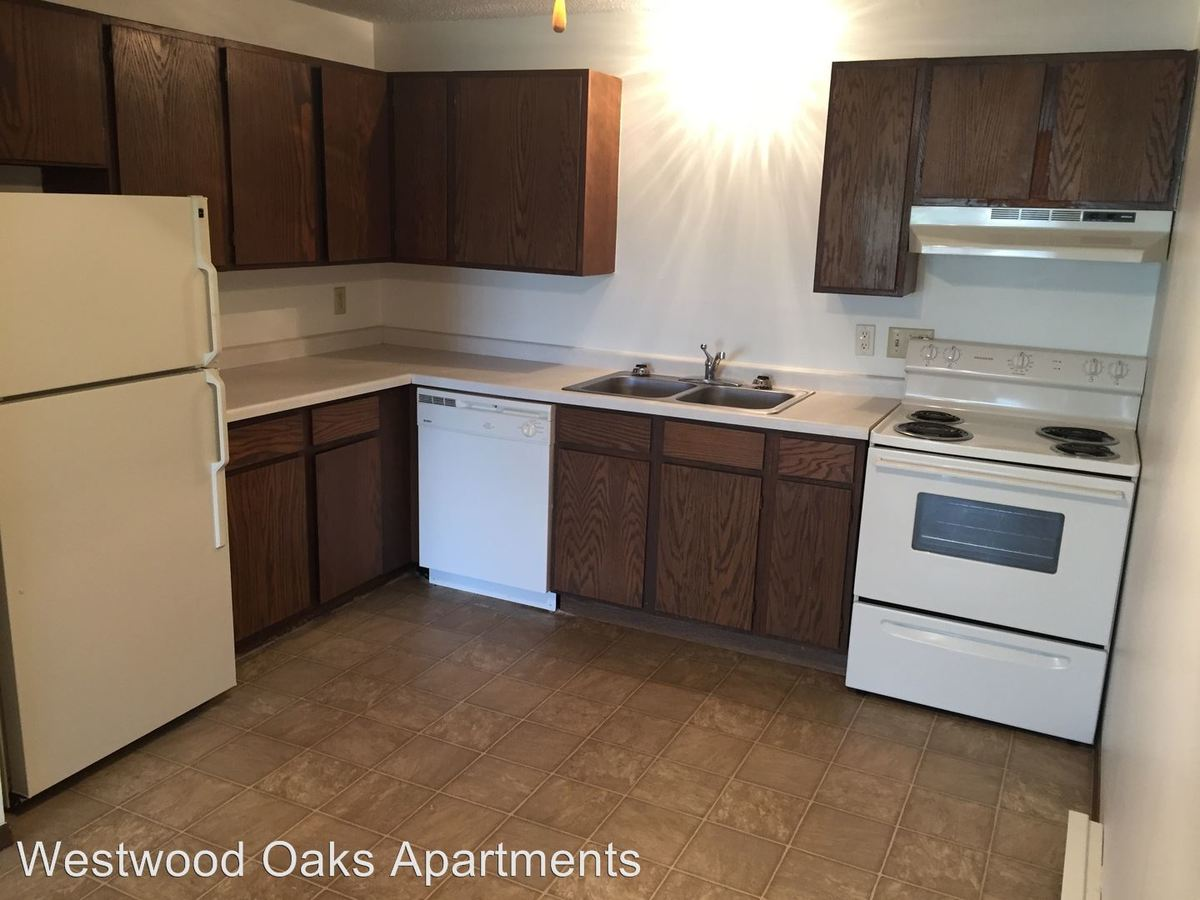 2 Bedrooms 1 Bathroom Apartment for rent at 843 Driftwood Drive in St Cloud, MN