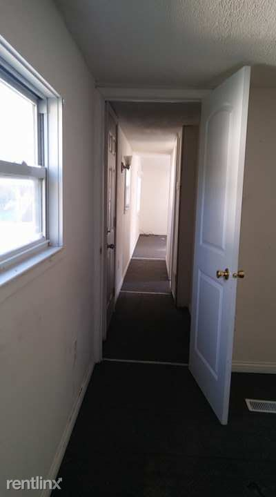 2 Bedrooms 1 Bathroom Apartment for rent at Tylersville Rd & King Ave in Fairfield Township, OH