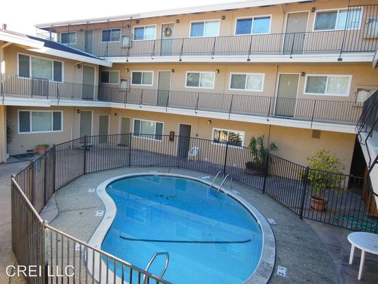 1 Bedroom 1 Bathroom Apartment for rent at 1963 Woodside Road in Redwood City, CA