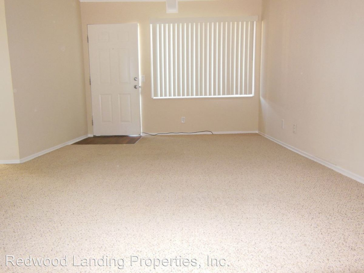 2 Bedrooms 1 Bathroom Apartment for rent at 435 Walnut Street in San Carlos, CA