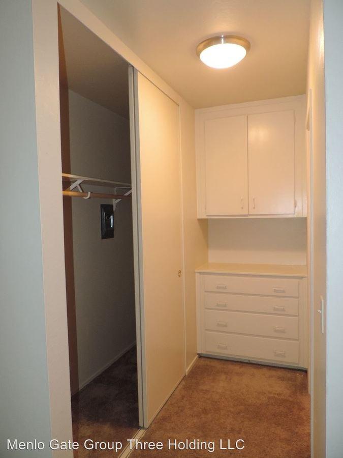 Studio 1 Bathroom Apartment for rent at 3618 Alameda De Las Pulgas in Menlo Park, CA