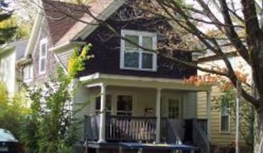 Similar Apartment at 916 Mary St