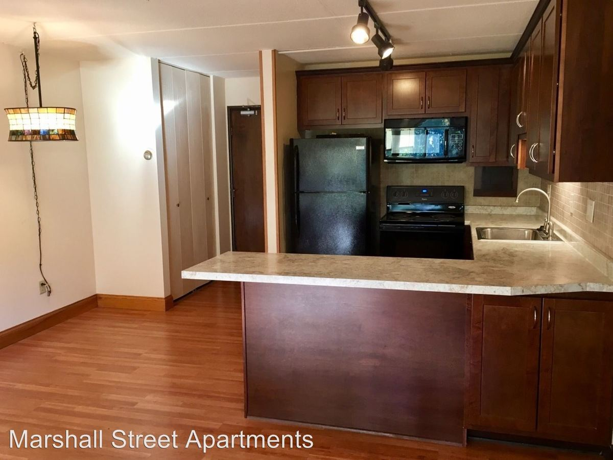 2 Bedrooms 1 Bathroom Apartment for rent at 1011 Marshall St Ne in Minneapolis, MN