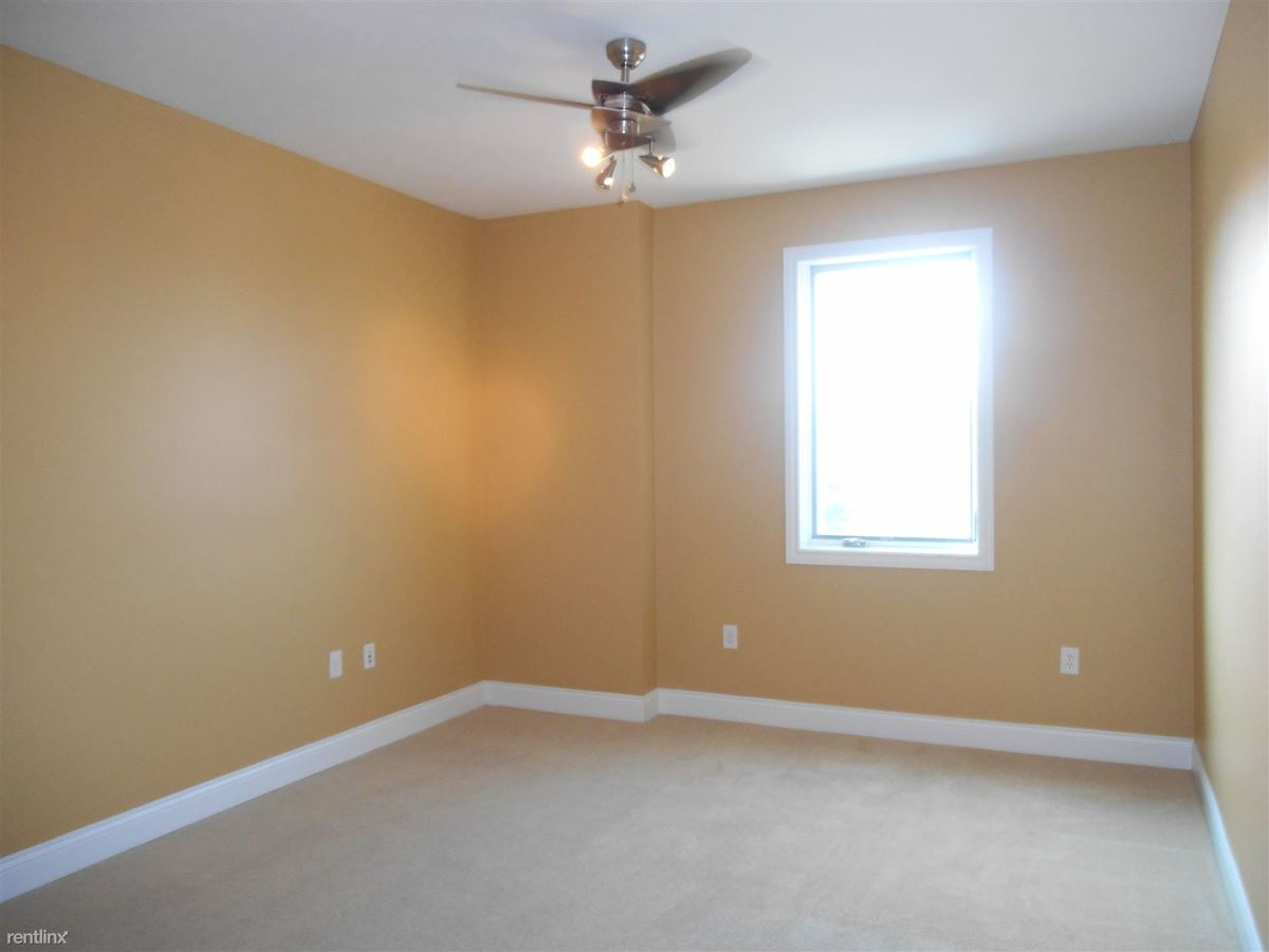 3 Bedrooms 3 Bathrooms Apartment for rent at The Rubicon in Bloomington, IN