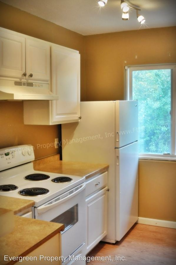 Studio 1 Bathroom Apartment for rent at 509 S Bryan in Fort Collins, CO