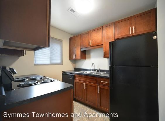 2 Bedrooms 1 Bathroom Apartment for rent at 5109 Pleasant Avenue in Fairfield, OH
