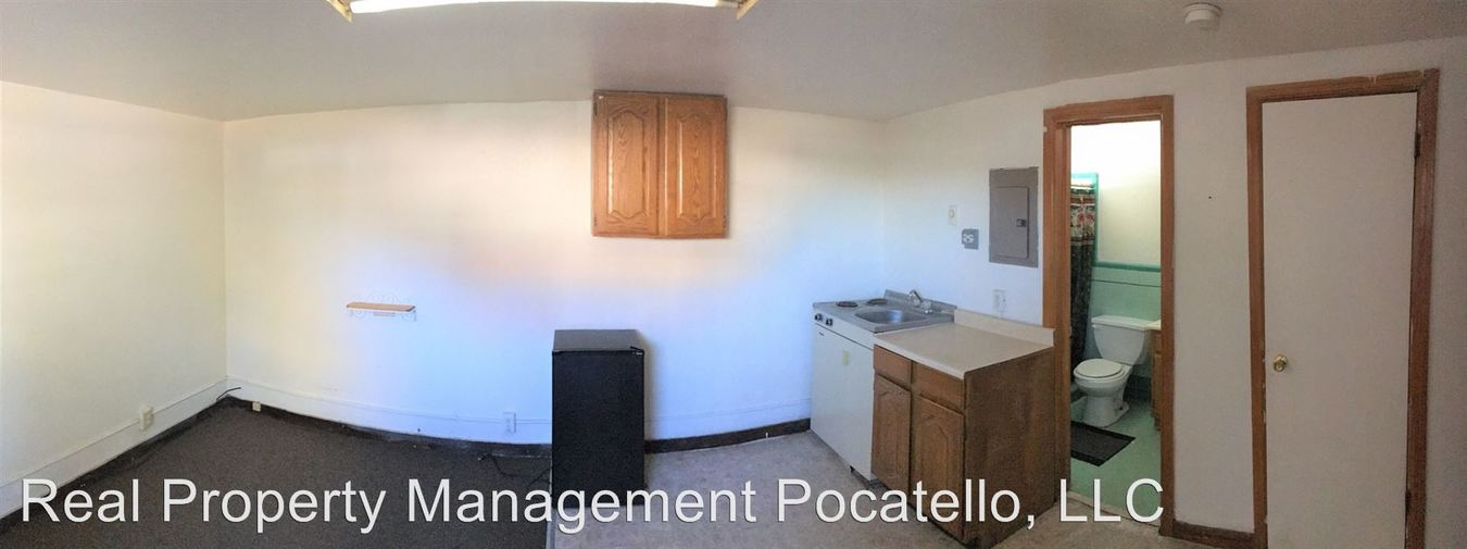 Studio 1 Bathroom Apartment for rent at 695 S Ash St in Blackfoot, ID