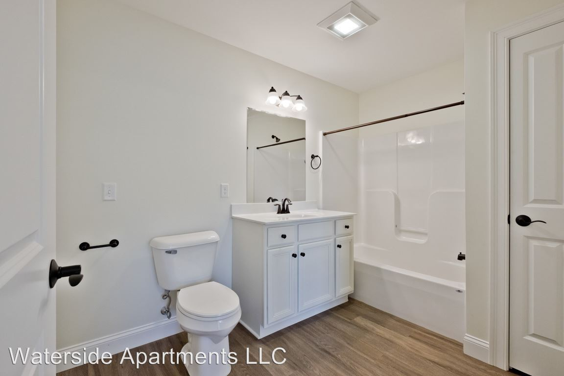 1 Bedroom 1 Bathroom Apartment for rent at Jacqueline Way in Westbrook, ME