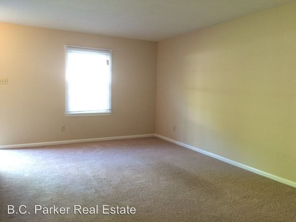 1 Bedroom 1 Bathroom Apartment for rent at Trail Two & Highview Street Parliament House Apartments in Burlington, NC
