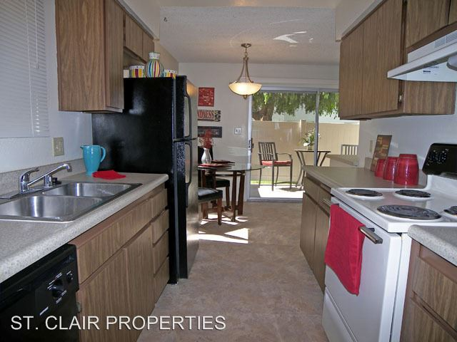 2 Bedrooms 1 Bathroom Apartment For Rent At Casa Real Apartments 2224 So.  Real Rd