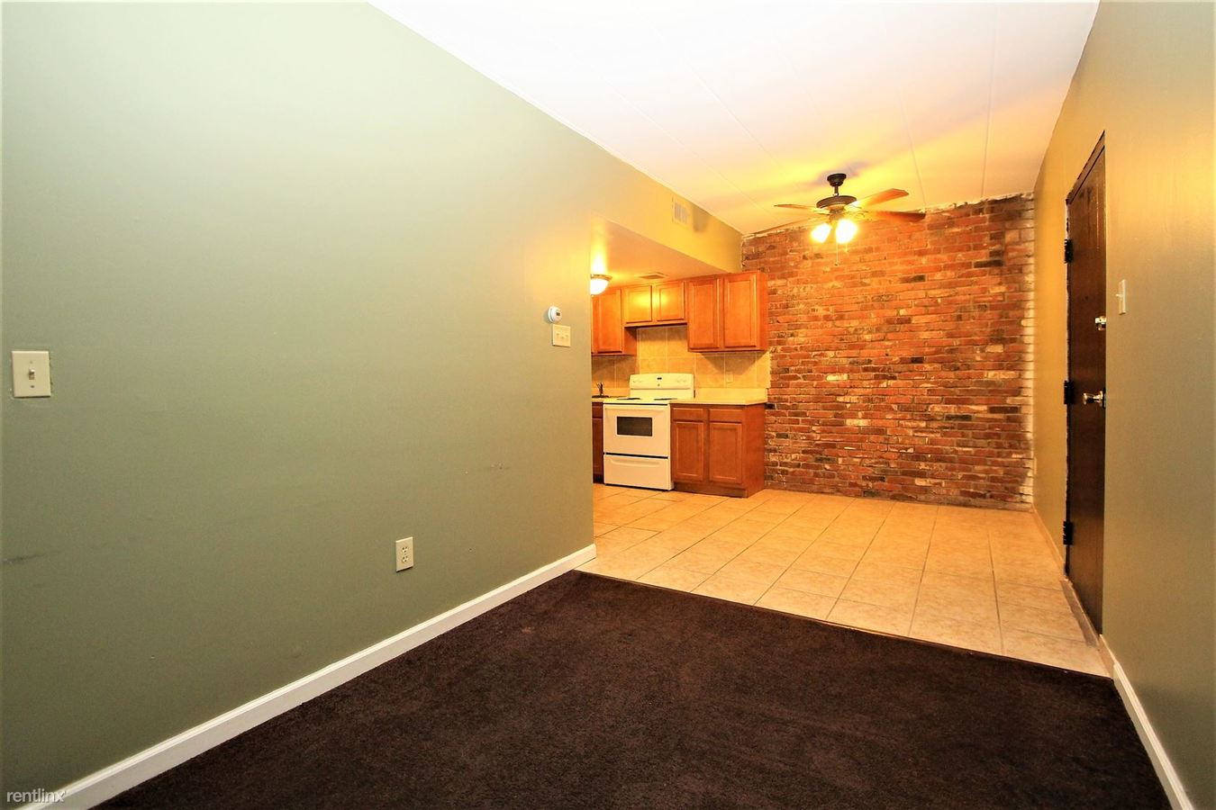 1 Bedroom 1 Bathroom Apartment for rent at 285 Moon Clinton Rd in Moon Township, PA
