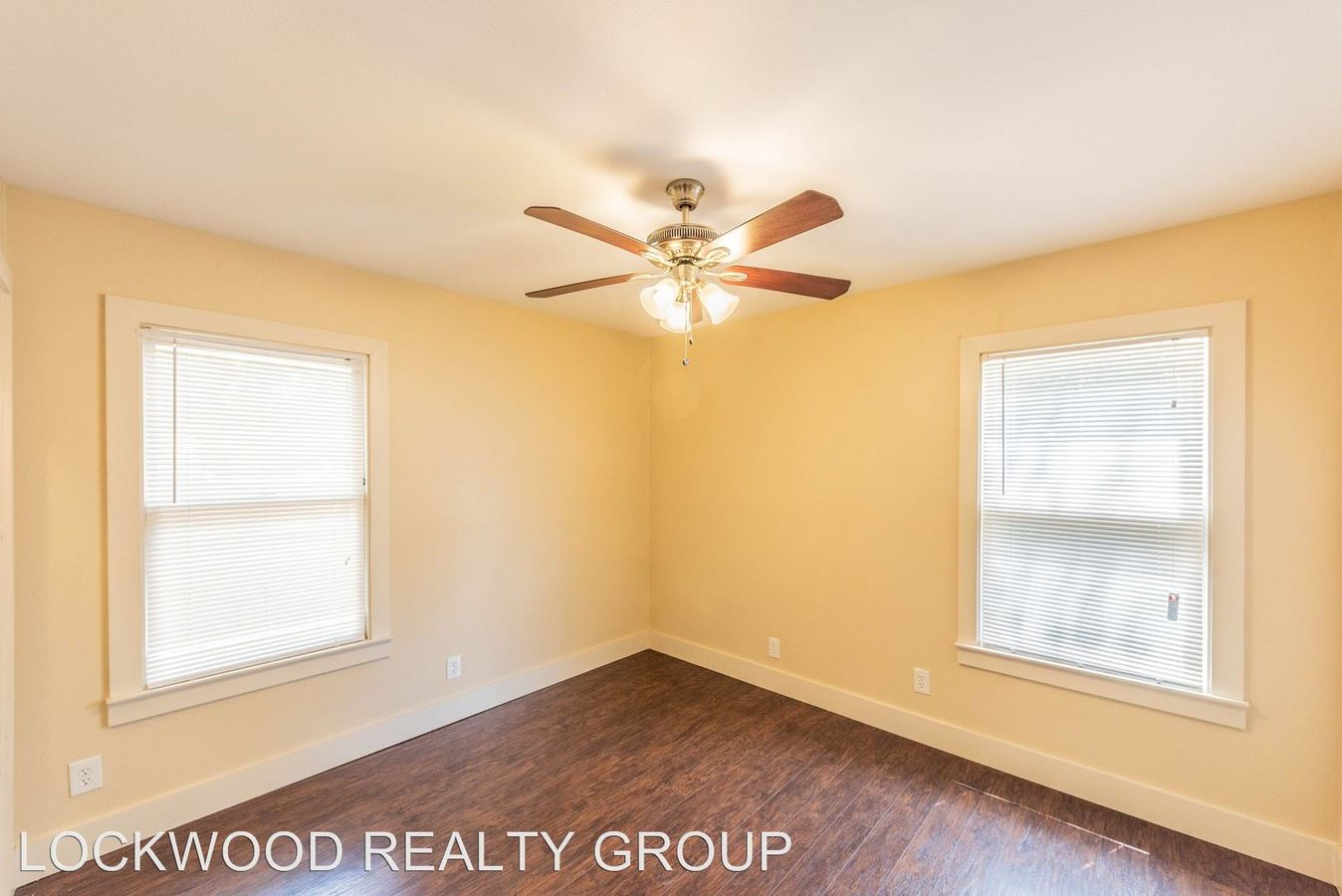 2 Bedrooms 1 Bathroom Apartment for rent at 743 E Ashby Pl in San Antonio, TX