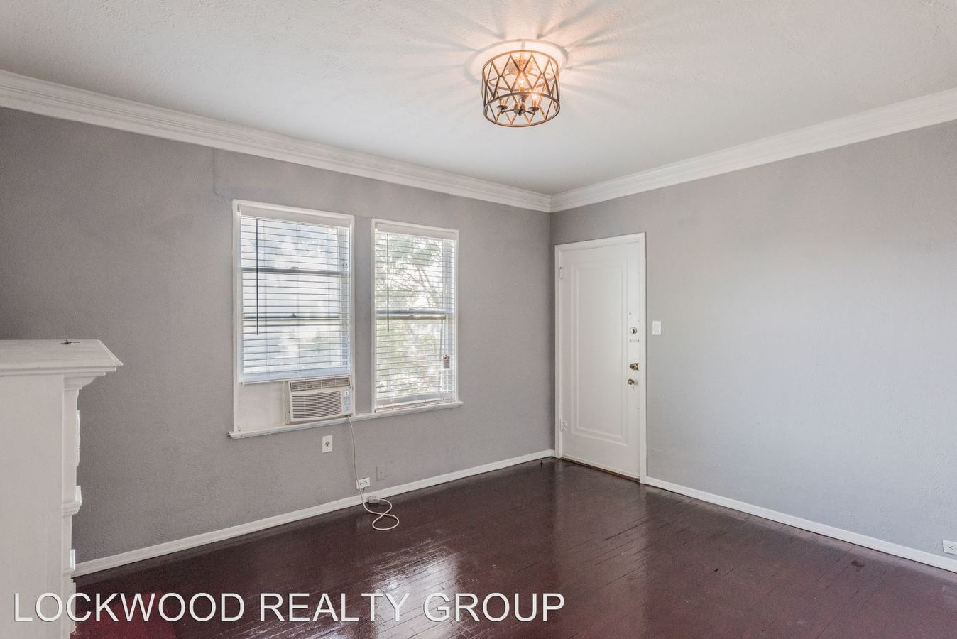 1 Bedroom 1 Bathroom Apartment for rent at 329 W Huisache Ave in San Antonio, TX