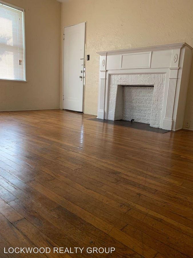 Studio 1 Bathroom Apartment for rent at 329 W Huisache Ave in San Antonio, TX