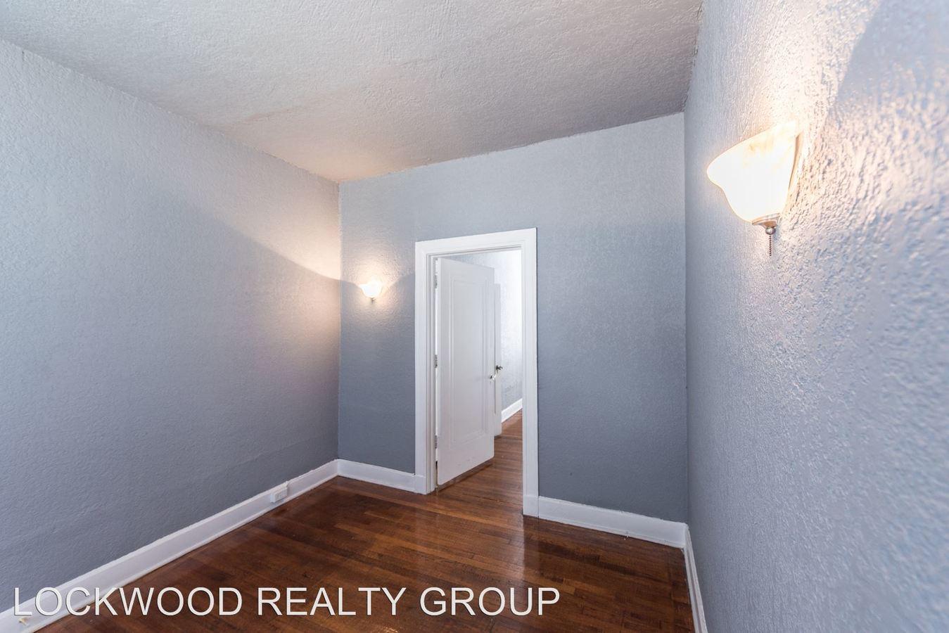 1 Bedroom 1 Bathroom Apartment for rent at 204 E Dewey Pl in San Antonio, TX