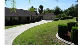 850 W Orange Grove Ave
